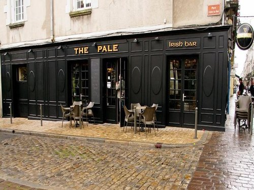 Irish Pub Tours Loire Valley